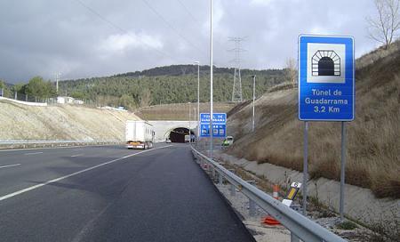 IRU pide que se retrase la entrada en vigor del ADR por la falta de información en los túneles